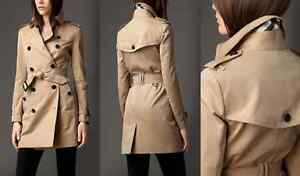 Authentic  Burberry London Buckingham Trench Coat