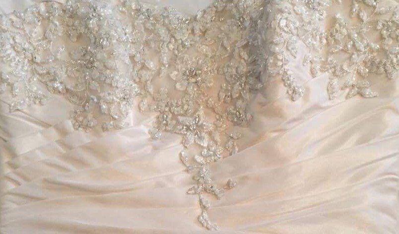 MAGGIE SOTTERO HAMPTON WEDDING DRESS Ivory Lace Diamanté Embroidery ...