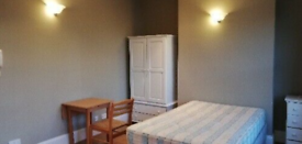 Double Self Contained Studio flat in leafy Chiswick available