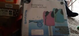 Girls swim vest age 4-5