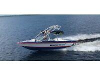 Wakeboard surf boat 2005 mastercraft x2