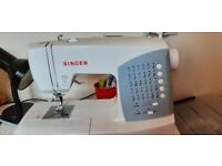 Singer 7422 sewing & quilting machine .