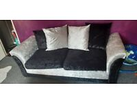brand new crushed velvet sofa 3 seater and 2 1 seaters must see!