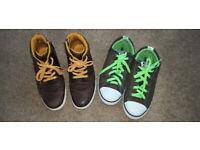 Boys shoes 2.5 size