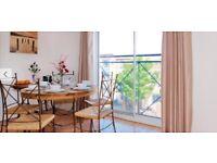 3 bedroom top floor flat in Hulme