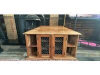 Solid Wood TV Unit/Cabinet