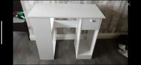 White desk - not used