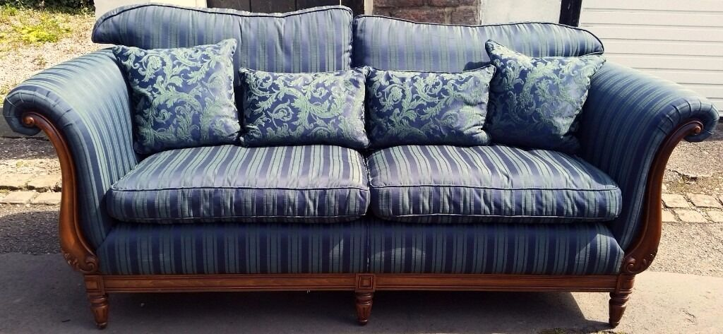 Medallion Sofa With 2 High Back Arm Chairs Model Name Mendelssohn