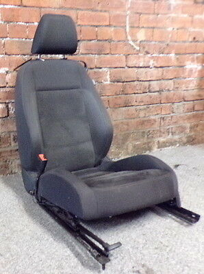 14793 2C2 MK6 VW GOLF GT TDI 3 DOOR NSF FRONT PASSENGERS SEAT IN SUEDE CLOTH