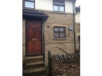 Beautiful spacious 1-bed flat with garden - centre of Huddersfield - perfect for prof couple