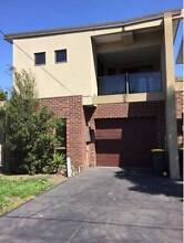 Separate room available for a 2 bedroom furnished house $700pm Glenroy Moreland Area Preview