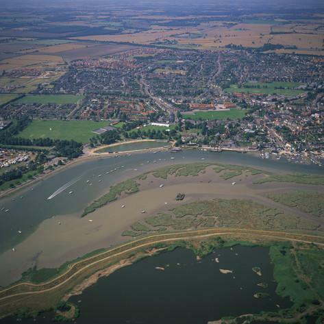 CHEAP FIRST CARAVAN, Steeple Bay, Essex, Canvey, Southend, Suffolk, London