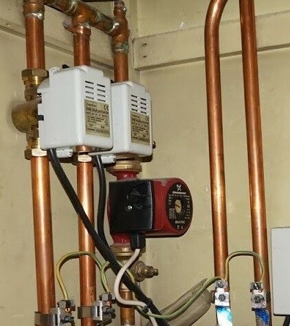 Central heating pump, valves, tank | in Edinburgh City Centre ...