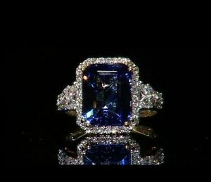 Bague Exquise Tanzanite 6 cts AAA et Diamant en Or 18k