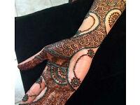 Henna/Mehndi expert