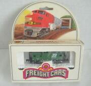 N Scale Caboose