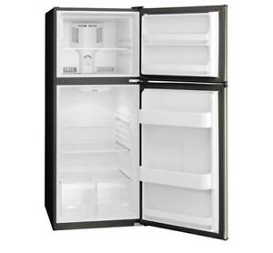 TOP MOUNT REFRIGERATOR -SAVE BIG ON FRIGIDAIRE FFET1222QS. LIMITED TIME & QUANTITY OFFER(BD-677)