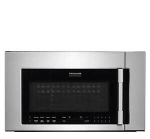 Stainless Steel Frigidaire Professional Over the Range Microwave, 30  (FD15)