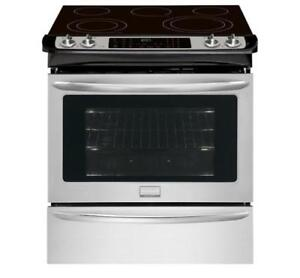 FRIGIDAIRE  CGES3065PF  RANGE 30 INCH  ELECTRIC RANGE ON SALE (AD 51)