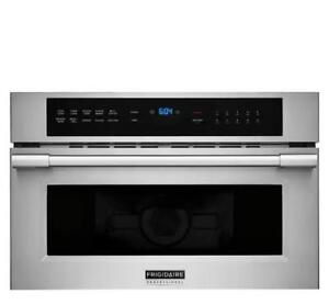 Frigidaire Microwave Convection Oven Canada FPMO3077TF (FF604)