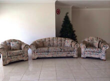 1 X 3 Seater & 2 X 1 Seater Floral Couch Middleton Grange Liverpool Area Preview