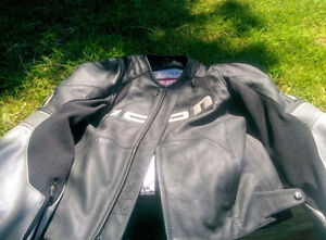 Mint Condition Icon Overlord Leather Motorcycle Jacket XL