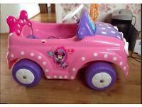 Minni Mouse Electri Car
