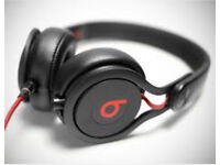 BEATS by Dre - Black Mixr over-ear headphones