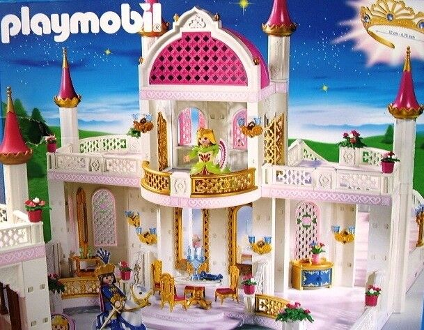 Playmobil Magic Castle 4250 Boxed. Perfect condition 100% complete