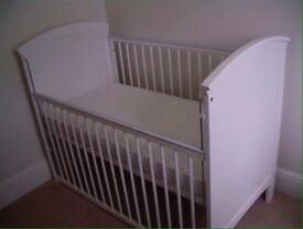 Mothercare Newbury Cot