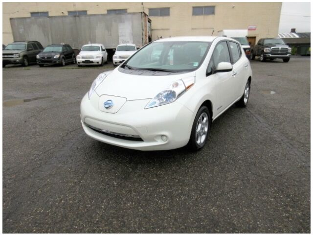 Imagen 1 de Nissan Leaf  white