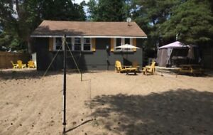 LONG POINT COTTAGE $1275 DIRECTLY ACROSS FROM BEACH!