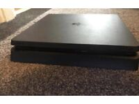Ps4 slim and 10 games