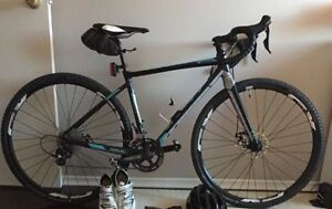 Selling a few ladies/ boy bikes, trainer and tires