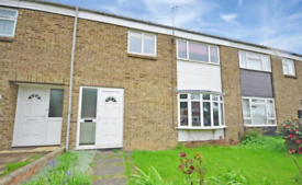 3 bedroom house in Larkfields, Gravesend