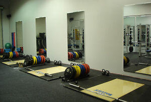 PERSPEX MIRROR SHEET 600MM X 1200MM X 3MM EXCELLENT REFLECTION IDEAL FOR GYM'S