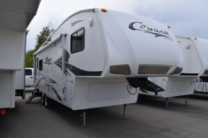 2008 Cougar 1/2 Ton FW - 5th Wheels Lightweight 276RLS