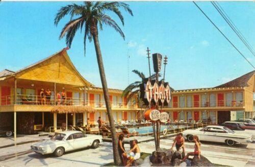 (10) Tahiti Motel Wildwood N.J. Souvenir Wooden Souvenir Token Coins (j)