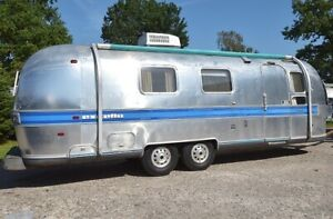 Airstream Excella  1973 vintage 27ft
