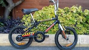 "BOYS BIKE 16 "" WHEELS SUIT 8 - 12 YEAR OLD Enfield Burwood Area Preview"