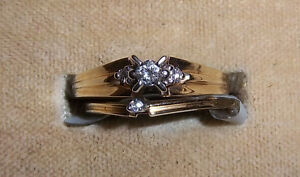 14kt Gold Engagement ring set by Siffari - new, never worn