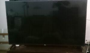 "Smart LG TV 55"""