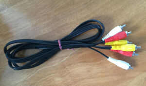 Great Condition- Male RCA to Male RCA Audio/Video Cable