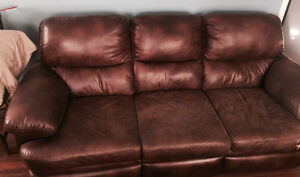 Reclining leather couch London Ontario image 1