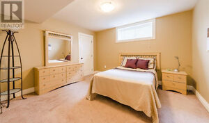 ROOM RENT IN HALIFAX STUDENTS (EXCELLENT CONDITION)  sale!!