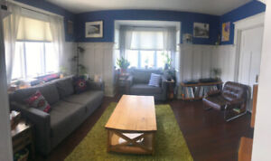 2B Fully Furnished Downtown Character Suite