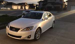 2012 Lexus AWD IS 350 (immaculate & LOADED)