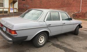 1983 Mercedes 300D Turbo Diesel