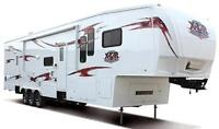 Combinaison Roulotte Fifth Wheel 2010 et camion Ford F-450 2008