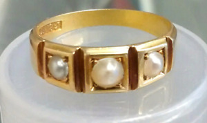 18K Gold Pearl Ring Size 8